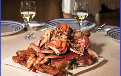Ven a celebrar la cena de Navidad con Marisquería Hermanos Álvarez.